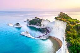 Ab dem 23. Mai nimmt Aida Fahrt auf durch die griechische Inselwelt. Foto: Aida Cruises