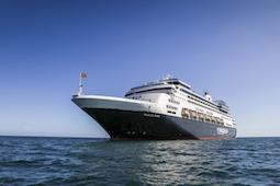 Das Hochseeschiff Vasco da Gama bietet mit höchstens 1.000 Gästen an Bord Entdeckungsreisen auf 4-Sterne-Niveau. Foto: Nicko Cruises