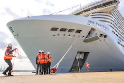 Die MSC Virtuosa erreicht Southampton. Foto: Andrew Sassoli Walker/MSC Cruises