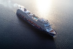 "TUI Cruises legt wieder ab Kiel zu ""Blauen Reisen"" ab. Foto: TUI Cruises"