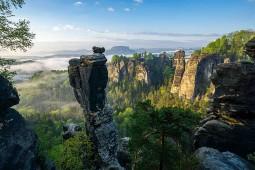 Elbsandsteingebirge - Wehlnadel Bastei. Foto Philipp Zieger/Tourismusverband Sächsische Schweiz e.V.