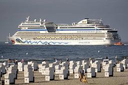 Bis Anfang Oktober ist die Aida Sol ab Warnemünde im Einsatz. Foto: Aida Cruises