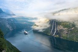 """Die 11-tägige Reise """"Norwegen mit Geirangerfjord & Stavanger"""" startet am 30. August. Foto Fabio Kohler/TUI Cruises"""
